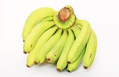 Groene bananen op wit, Thailand. Stock Afbeelding