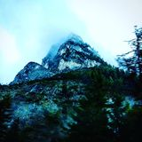 Groene berg royalty-vrije stock afbeelding