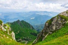 Groene bergen van de Oekraïne, de Karpaten Royalty-vrije Stock Afbeelding