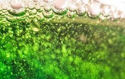Groene bier macrofoto royalty-vrije stock fotografie