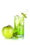 Groene cocktail met appelen en munt Royalty-vrije Stock Foto
