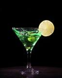 Groene cocktail met plons royalty-vrije stock foto