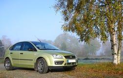Groene compacte auto stock foto's