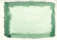 Groene de gradiënthand getrokken achtergrond van de gras horizontale waterverf Het middendeel van het kader is lichter dan overka stock foto's