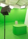 Groene de van de het achtergrond schermchroma zeer belangrijke studioopstelling moderne van TV Royalty-vrije Stock Foto