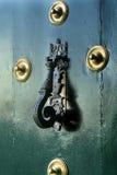 Groene deurkloppers stock foto