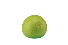 Groene die pompelmoescitrusvruchten op witte achtergrond worden geïsoleerd Royalty-vrije Stock Foto's