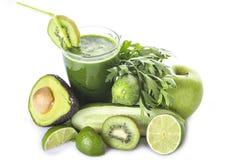 Groene die smoothie op witte achtergrond wordt geïsoleerd Stock Afbeelding