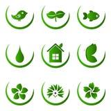 Groene ecologie en aard geplaatste pictogrammen stock illustratie
