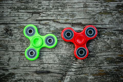 Groene en rode spinners royalty-vrije stock afbeelding