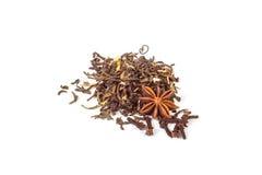 Groene en zwarte thee met anijsplant en kruidnagelskruiden Royalty-vrije Stock Fotografie