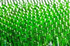 Groene flessen Stock Afbeeldingen