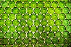 Groene flessenachtergrond stock foto