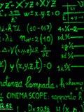 Groene fluo wiskundige berekening op bord royalty-vrije stock afbeelding