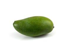 Groene geïsoleerde mango Stock Afbeelding