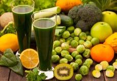 Groene gezonde detox smoothie Royalty-vrije Stock Afbeelding