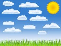 Groene gras, zon en wolken Royalty-vrije Stock Fotografie