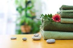 Groene handdoeken Stock Foto's