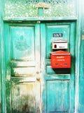 Groene houten deur stock afbeelding