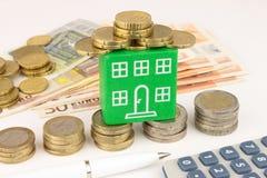Groene Huisfinanciën Royalty-vrije Stock Afbeeldingen