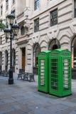 Groene K6 telefoondozen Londen Stock Foto's