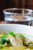 Groene kerrie met varkensvlees Thaise keuken stock afbeeldingen