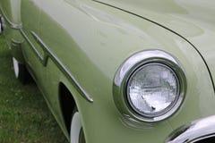 Groene klassieke auto Royalty-vrije Stock Afbeeldingen