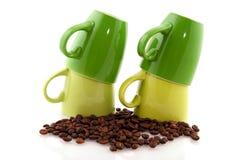 Groene koffiemokken Royalty-vrije Stock Foto's