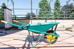 Groene kruiwagen Royalty-vrije Stock Foto