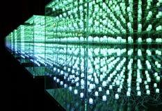 Groene leiden in een kubus stock foto's