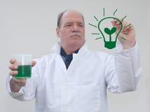 Groene Lightbulb stock afbeeldingen