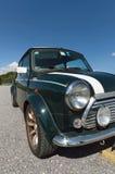 Groene Mini Cooper-perspectiefmening stock afbeeldingen