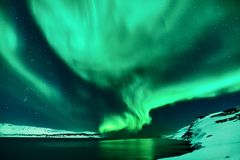 Groene Noordelijke Lichten in IJsland royalty-vrije stock afbeelding