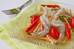 Groene papajasalade met zeldzame garnalen Royalty-vrije Stock Foto
