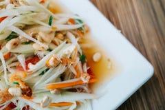 Groene papajasalade Traditioneel kruidig Thais voedsel Royalty-vrije Stock Fotografie