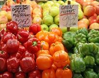 Groene paprika's Galore Stock Foto's