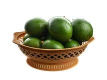 Groene rijpe avocado van organische avocadoaanplanting stock foto's