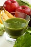 Groene smoothie en ingrediënten Royalty-vrije Stock Fotografie