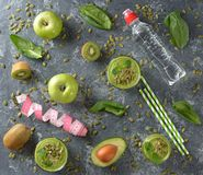 Groene smoothies stock foto