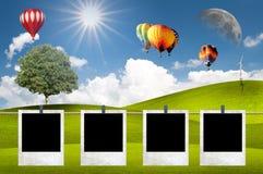 Groene weide met hete luchtballon Stock Afbeelding