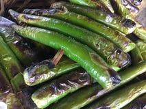 Groene zoete geroosterde Spaanse pepers Stock Afbeeldingen