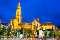 Groenplaats,我们的夫人教会,安特卫普,比利时 库存图片