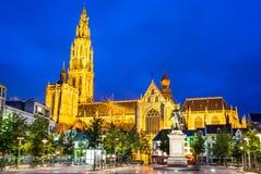 Groenplaats, Kerk van Onze Dame, Antwerpen, België Stock Afbeelding
