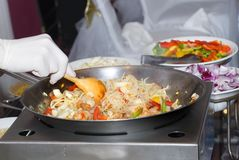 Groenten in een wok Stock Afbeelding