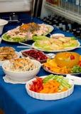 Groenten en Hummus Guacamole en voedsel Stock Afbeeldingen