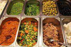 Groenten en vissen - Zweeds buffet Stock Foto