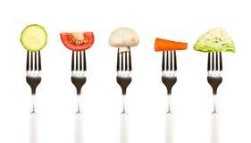 Groenten op de inzameling van vorken, dieet concep stock afbeeldingen