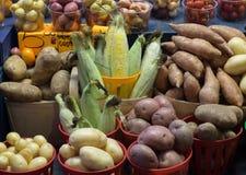 Groenten op vertoning in de markt van de landbouwer Royalty-vrije Stock Foto