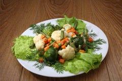 Groenten van kleuren de sappige en heldere groenten in het zuur Royalty-vrije Stock Foto's