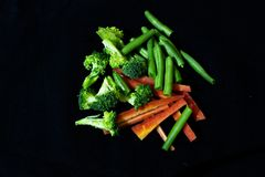 Groentenmengeling voor het gezonde leven stock foto's